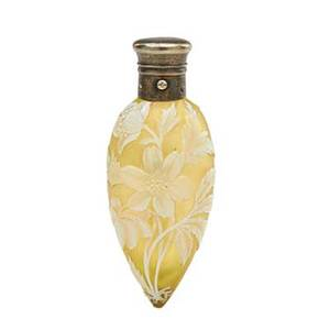 Thomas webb attr cut cameo glass scent bottle stylized rose decoration on yellow ground late 19th c 4