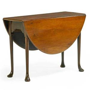 George ii gateleg table mahogany with rounded drop leaves round tapered legs ending in pad feet 18th c 27 x 40 14 x 14 12