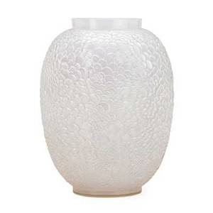 Lalique ecailles vase opalescent glass france des 1932 m p 456 no 1080 etched r lalique france 10 x 7