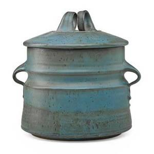 Robert turner 1913  2005 lidded stoneware vessel blue glaze alfred ny signed 11 x 11