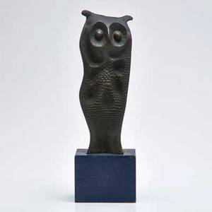 Decorative bronze owl sculpture on wooden base 20th c unmarked 13 x 4 14 x 3 14