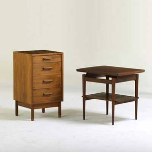 Jens risom etc walnut side table with walnut four drawer cabinet usa 1950s side table 24 x 27 x 21 12 cabinet 32 x 18 sq