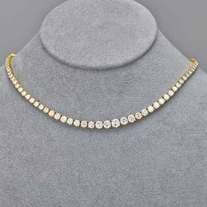 Diamond and 18k yellow gold riviere necklace 115 circular brilliant cut diamonds approx 1014 cts tw joined by fancy box clasp ca 1980 15 38 154 dwt