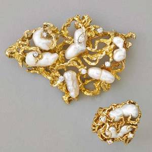 Freeform 14k yellow gold pearl and diamond jewelry textured brooch set with six baroque river pearls 1 34 x 2 34 similar ring with two pearls size 8 ten diamond accents approx 65 ct tw c