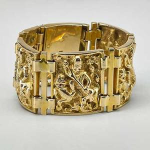 Hindu motif 14k yellow gold bracelet embossed solid links depict durga and lion 7 12 x 1 38 83 dwt