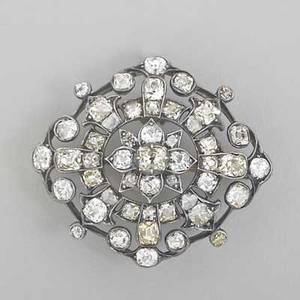 Victorian diamond brooch omc and rose cut diamonds approx 61 cts tw in silvertopped gold openwork with safety chain and pin ca 1860 1 12 63 dwt