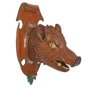 Black forest style carving boars head with polychrome decoration early 20th c 15 x 10 x 10