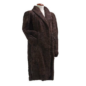 Ladies brown lamb fur coat fourrures andr brun paris brown satin lining 32 inseam 15 chest