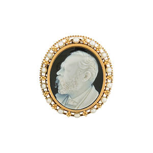 Victorian gold mounted hardstone cameo portrait cameo pinpendant of a gentleman 14k rose gold with postset natural pearls 1 34 167 dwt property from the collection of gray davis boone