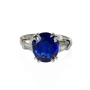 485 cts untreated blue burma sapphire ring oval mixed cut velvety blue sapphire 1133 x 981 x 501 mm and baguette cut diamond shoulders approx 46 ct tw in platinum size 7 44 dwt accom