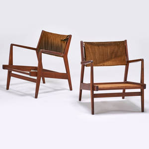 Jens risom jens risom design pair of lounge chairs usa 1950s sculpted walnut upholstery 29 x 27 x 28