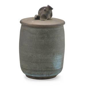 Edwin scheier 1910  2008 mary scheier 1908  2007 early jar with sculpted fish finial usa 1950s signed scheier 7 14 x 4