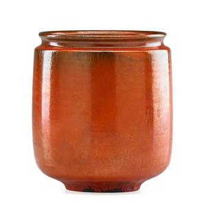 Gertrud natzler 1908  1971 otto natzler 1908  2007 cylindrical vase with indented lip red glaze los angeles ca 1960 signed natzler original paper label k678 5 14 x 5