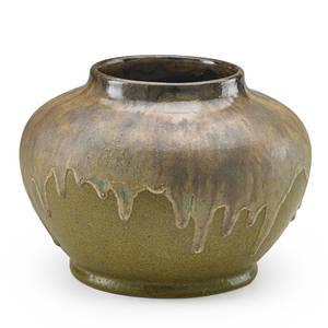 fulper fine and large vase with drip glaze over matte mustard ground flemington nj 190916 vertical rectangular ink stamp 8 x 10 12