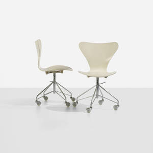 Arne Jacobsen   Sevener office chairs model 3117 pair