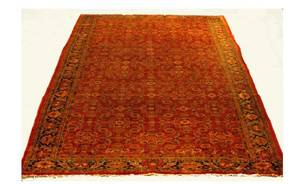 472 Persian SemiAntique Heriz Carpet