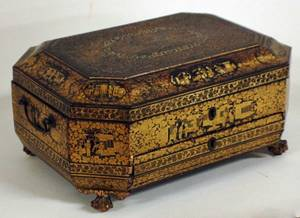 1179 GOOD EXPORT LACQUER SEWING BOX