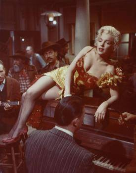 MARILYN MONROE AS SALOON SINGER IN RIVER OF NO RET