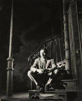 TENNESSEE WILLIAMS SIGNED PHOTOGRAPH