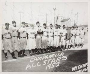 ROY CAMPANELLA ALLSTARS 1952 SIGNED PHOTOGRAPH