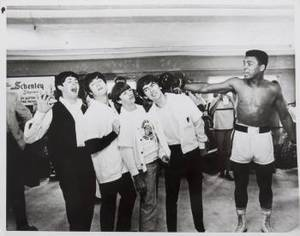 MUHAMMAD ALI ORIGINAL 1964 WIRE PHOTOGRAPH WITH THE BEATLES