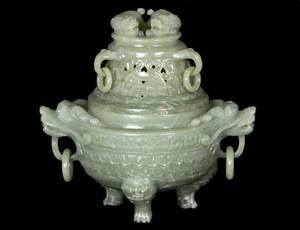 253 WELL CARVED CELADON JADE KORO AND COVER