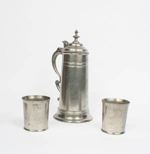 An English Pewter Flagon and Two Beakers Thomas Carpenter and Edmund Grove London