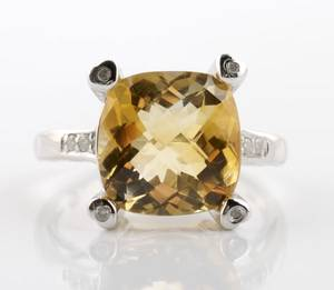 A 14 Karat White Gold Citrine and Diamond Ring