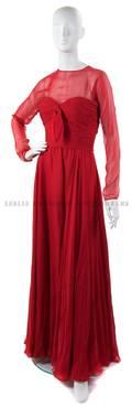 An Oscar de la Renta Red Silk Evening Gown