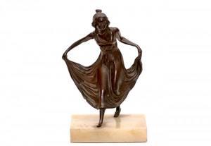 214 Art Nouveau Spelter or Bronze Figurine on Onyx Bas