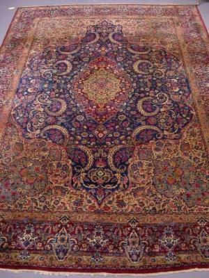407 Antique Sarouk Carpet