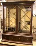 Large Henredon China Cabinet  92 x 73 x 22  Excell