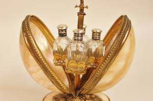 l 19thE 20th C French Perfume