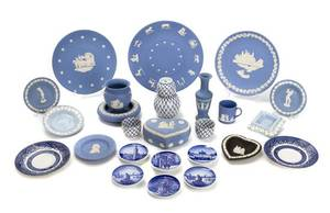 An Assembled Collection of Porcelain Articles