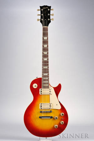 American Electric Guitar Gibson Incorporated Kalamazoo 1971 Model Les Paul Deluxe the headstock with inlaid GIBSON stamped 61816