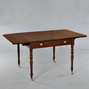 English Mahogany Dropleaf Table