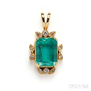18kt Gold Emerald and Diamond Pendant