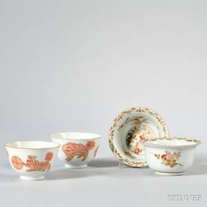 Two Pairs of Export Porcelain Cups