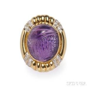 14kt Gold and Carved Amethyst Ring