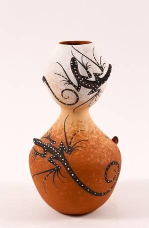 Deldrick Cellcion Zuni Pottery Vase