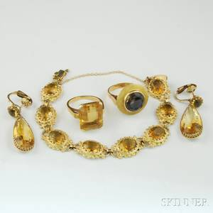 Small Collection of Gold and Citrine Jewelry