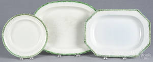Two Leeds green feather edge platters