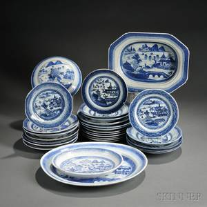 Twentyeight Canton Porcelain Table Items