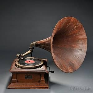 Victor V Disc Talking Machine