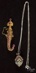 Victorian 18K yellow gold filigree sword and scabbard brooch