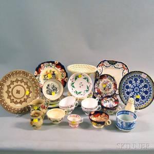 Thirtytwo Pieces of English Ceramics