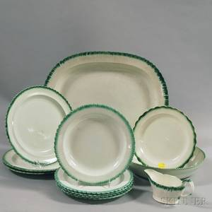 Twelve Pieces of Leeds Green Featheredge Tableware