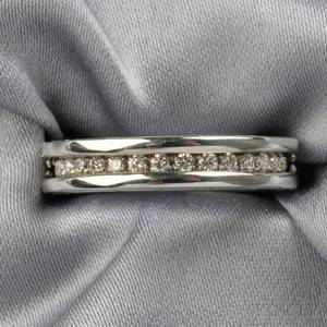 18kt White Gold and Diamond Bzero1 Band Bulgari