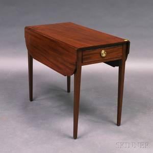Federal Mahogany Onedrawer Pembroke Table