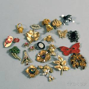 Small Group of Costume Jewelry Brooches